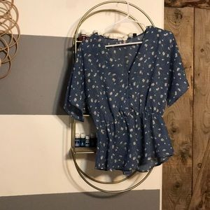 Blue daisy shirt